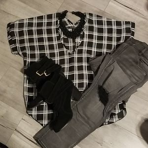 🍁2 for $10🍁LIVING DOLL SHEER BLK/WHT PLAID L